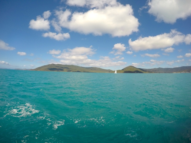 Sailing around the Whitsundays